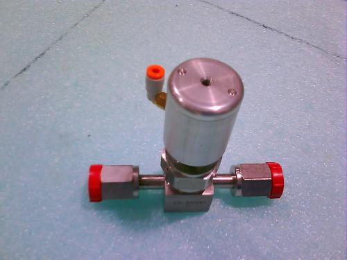 applied materials part 3870 01245 valve pneu blws 2 way mini nc 11 sssco. Black Bedroom Furniture Sets. Home Design Ideas